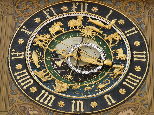 astronomical-clock-5706_640