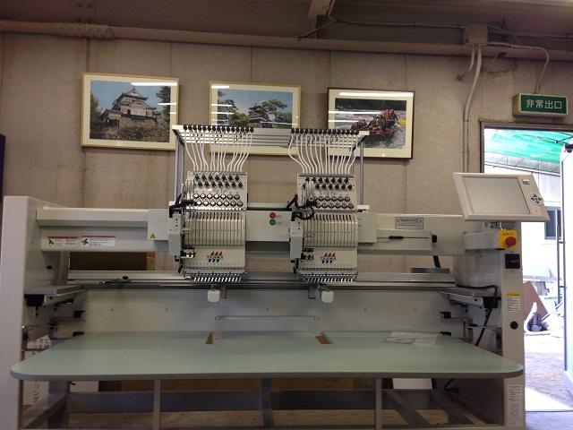 TMAR-KC1502。シークインⅢ装着モデルです。この機械で新しい刺繍の表現が可能に・・・